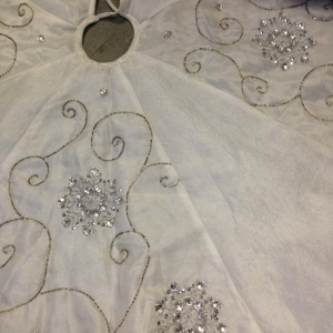White Tree Skirt 3