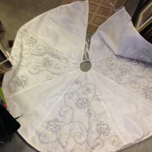 White Tree Skirt